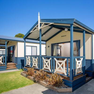 BIG4 Whiters Holiday Village Accommodation 2BR Villa 6 Berth 900px Oct 18 01 1